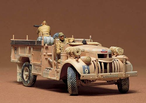 BRITISH L.R.D.G.COMMAND CAR 30CWT TRUCK 1/35